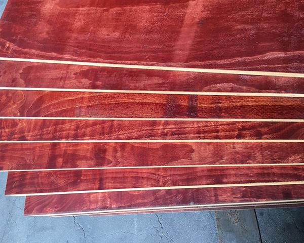 建筑小红板